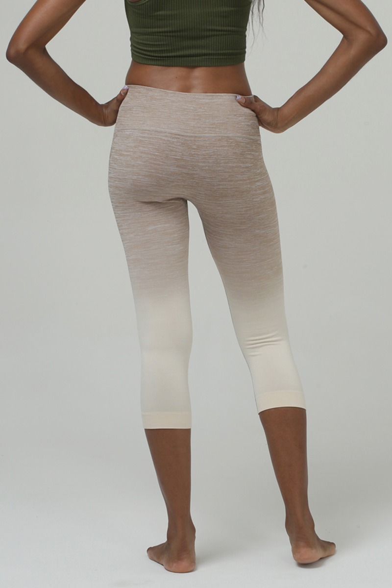 C705 Capri Leggings MOCHAPEARL